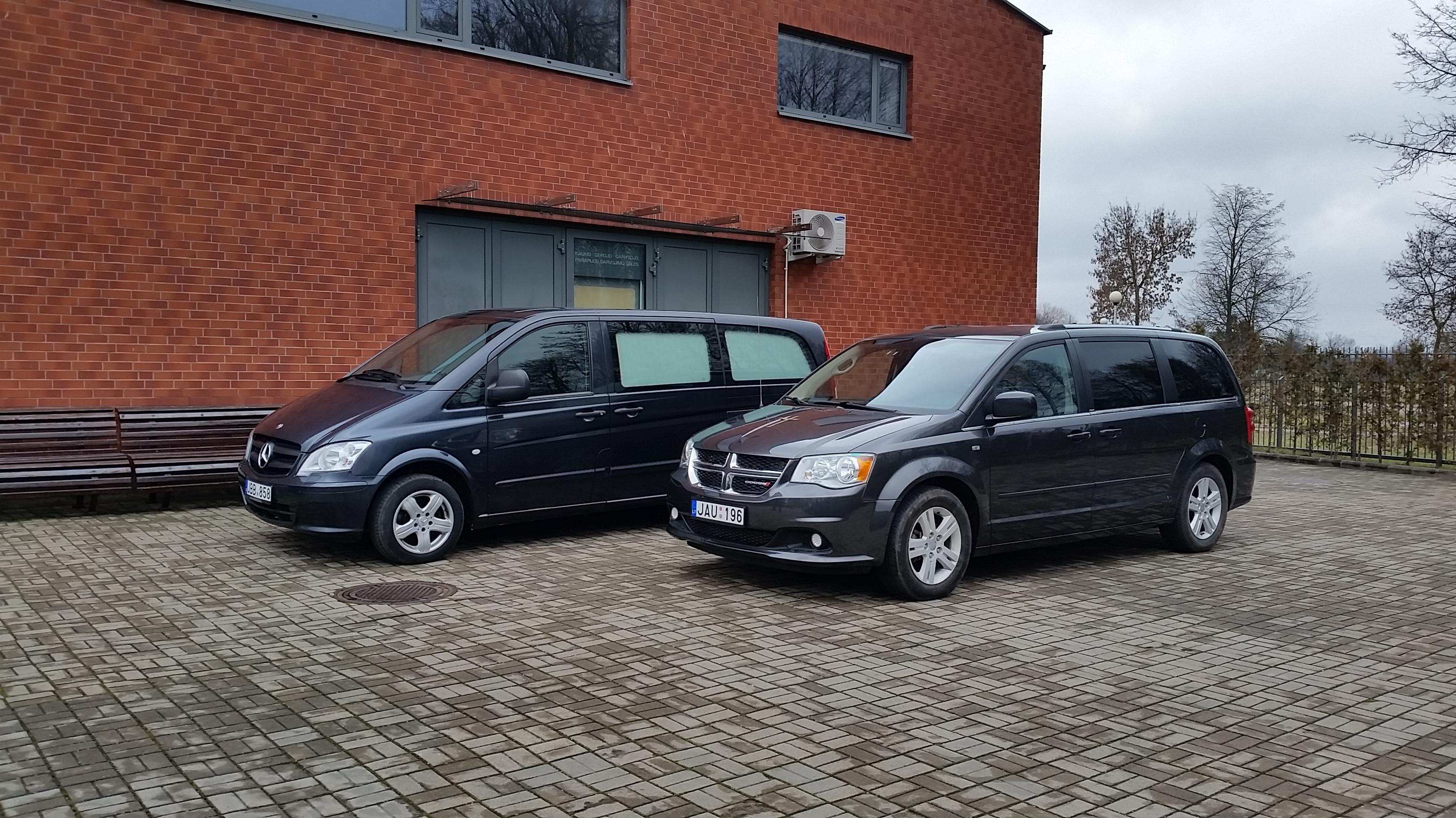 Modernūs automobiliai laidojimui